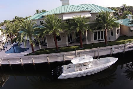 Waterfront Oasis - Palm Beach Gardens