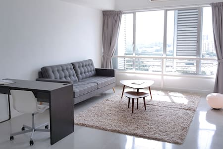 Amazing 2BR DUPLEX Apartment in KL City 1600sqft - Loft