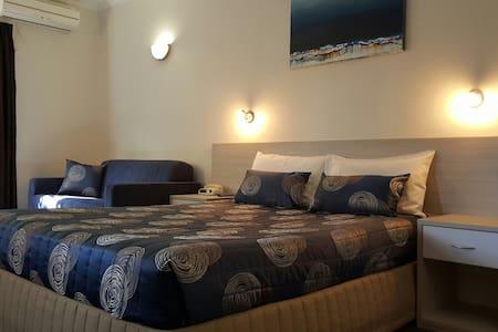 Queen Executive Room - Bed & Breakfast