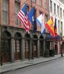 First Class French Quarter 2bd/2ba - New Orleans - Apartment