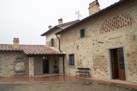 Villa Chiara - Croce di Castiglione - Bed & Breakfast