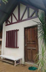 Cozy Tiny House - Puerto Princesa - Hus