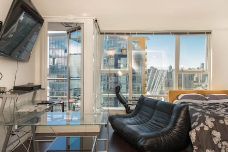 Luxury Penthouse 30th Floor View! - Vancouver - Lejlighed