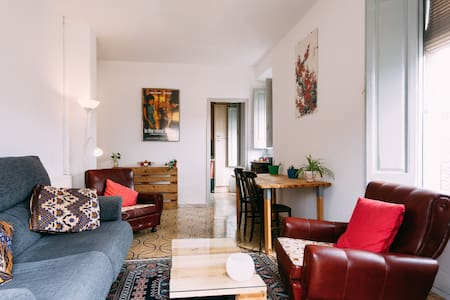 Room in the centre of Banyoles