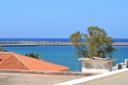 Charming Old Town house - a few steps to the beach - Rethymno - House