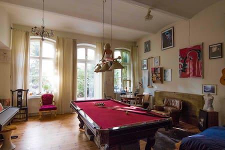 Artists loft with garden in the center of Berlin - Berlin