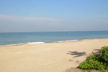 Kingfisher Beach Garnet Room - Uswetakeiyawa - Casa de camp