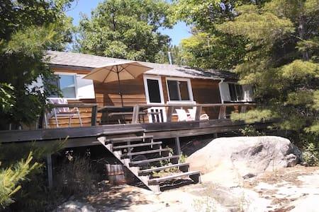 Island Cottage Georgian Bay 3 - Cabin