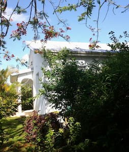 La maison Bleue de Long Bois - Casa de camp