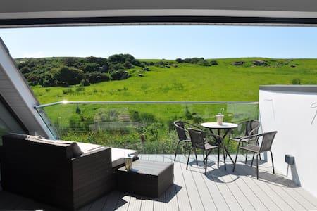 3 bedroom home near Giants Causeway and Bushmills - Coleraine