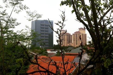 Pavilion Ananda, near Ragunan Zoo - Andere