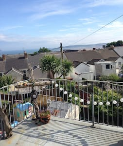 Single room with views & shared balcony in Uplands - Pis