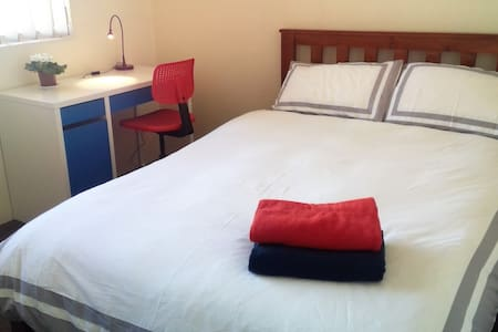 Affordable stay for adults - Free stay for kids - Lejlighed