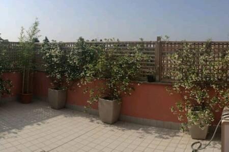 Stanza 4km dal campus universitario - Corcagnano - Apartment
