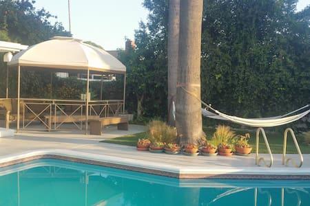 Spacious 4-Bedroom House w/Pool - San Diego