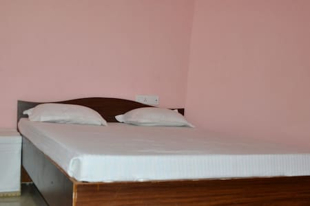 Hotel Greenland - Bodhgaya - Apartment
