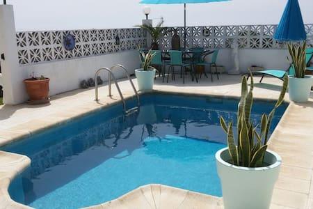 Spanish Villa with Private Pool - Villa