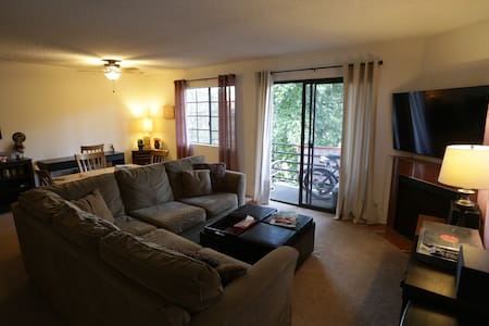 Studio City - Walkable, Bright, home-like space. - Los Angeles - Apartament