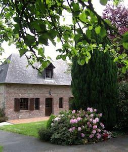 La petite maison dans la prairie - Calvados