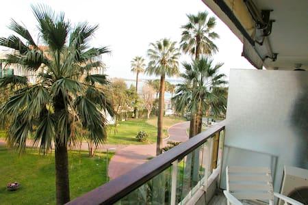 Grand Hôtel Studio vue mer - Appartement
