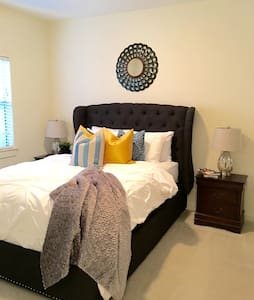 Comfortable 2 bedroom 2 bath home - Montgomery - Apartamento