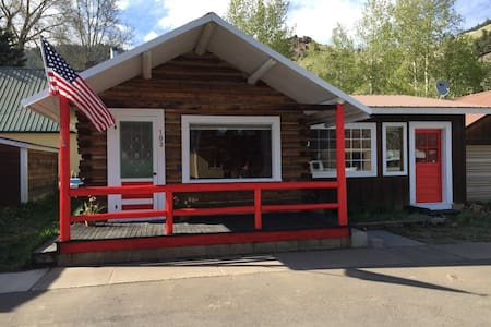 Sweet Creede Cabin! 103 E. 3rd St. Downtown Creede - Creede - Hus