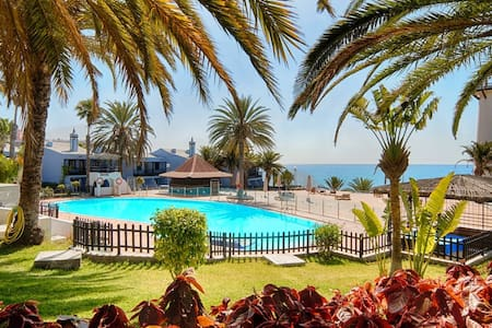 beachfront - fronte mare - primera linea playa - Apartment