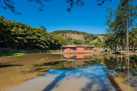 Circuito das Águas - Amparo -SP - Cottage