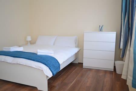 Nice Modern Room Shoreditch(R1GH)