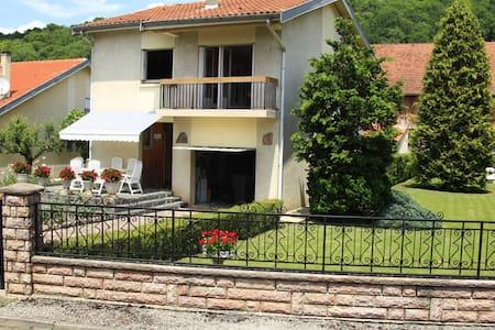 villa cloturée - Saint-Girons - Villa