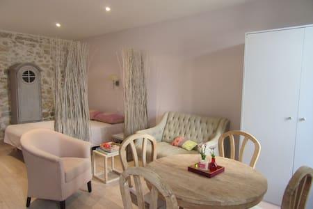 Uma Kely Suite  - Mougins village - Mougins - Apartment
