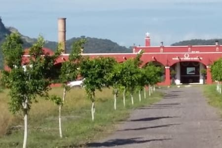 Hda Santa Clara de Montefalco - Haus