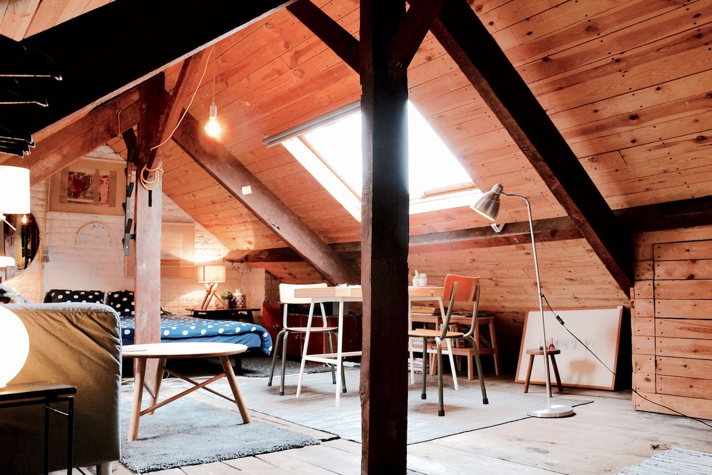 cosy wood appartment city centre brussels airbnb cool office design train tracks