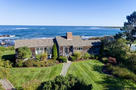 Heaven is a bit closer in this house by the sea! - Kennebunkport
