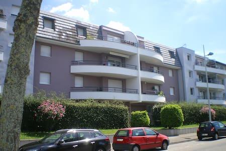 appartement 3P au 2eme niveau - Apartamento
