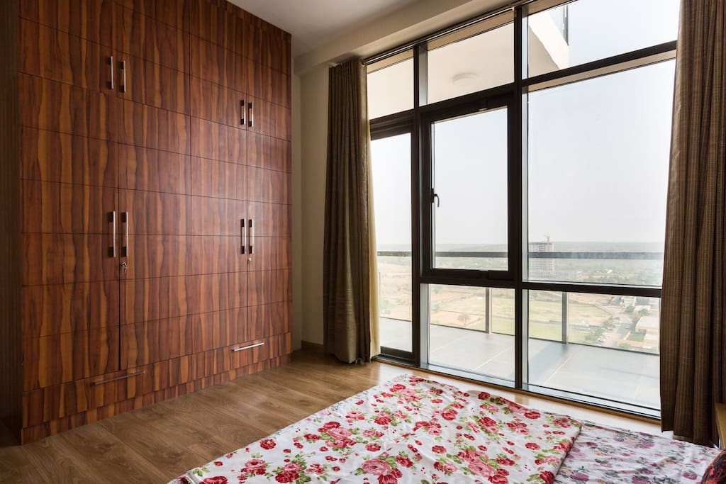 Bedroom with Glazed Wall
