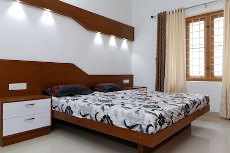 Premium Apartment near OberonMall - Apartment