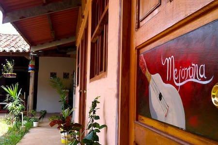 Tradition and culture in La Villa de Los Santos - Szoba reggelivel