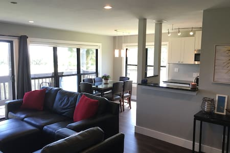 Beautiful Condo in Gulf Breeze - 公寓