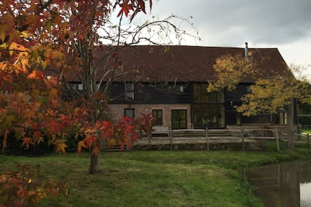 The Long Barn - Kent - House