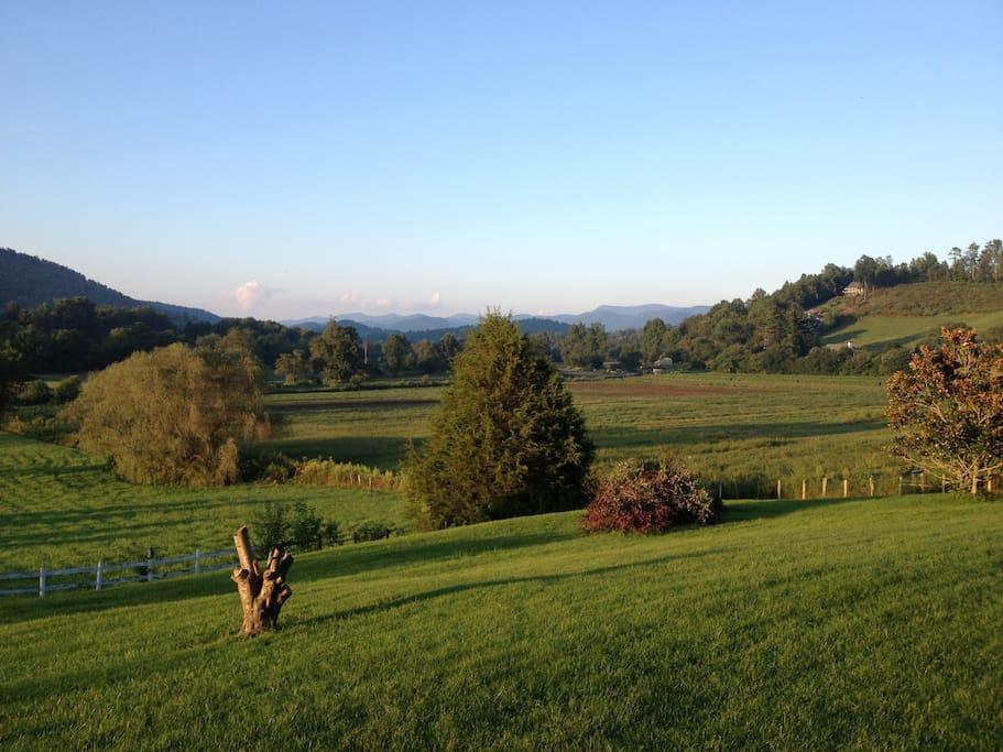 180 degree views in Wolffork Valley