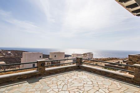 Seaside view, big balcony, Socrates - Dom