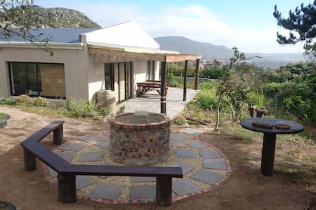 Bundu's Cottage. Noordhoek. South Peninsula Bliss. - Cape Town