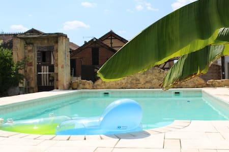 appartement neuf dans ferme piscine - Talo