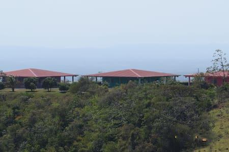 2BR Villas Near Miravalles Volcano - Guayabo - Dům