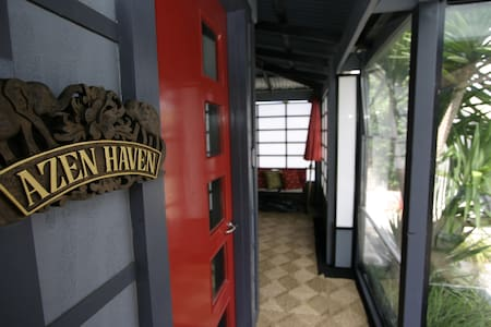 Azen Haven - House