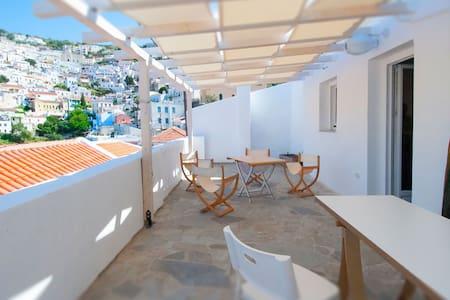 Wonderful apartment on historical Chora - Ioulis - Ioulis - Huoneisto