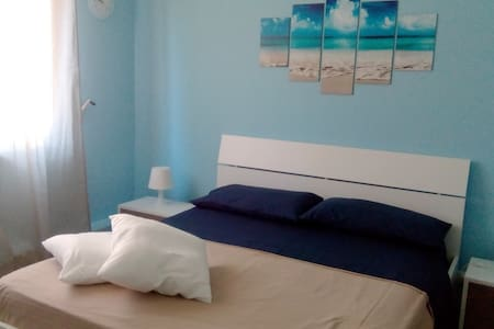 B&B DEL CENTRO ORLANDO MATRIMONIALE - Capo - Bed & Breakfast