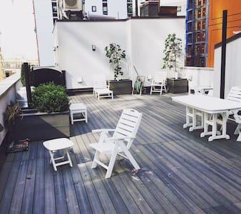 Amazing Private room in LIC minutes to Manhattan - Queens - Apartment