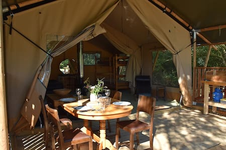 The Brickmaker's Retreat, Norfolk Coastal Glamping - Peterstone - Nature lodge